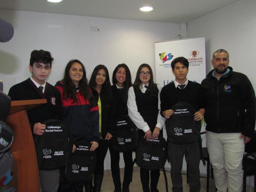 Fundación Siglo XXI y Codelco El Teniente apoyan la Educación Cívica Juvenil